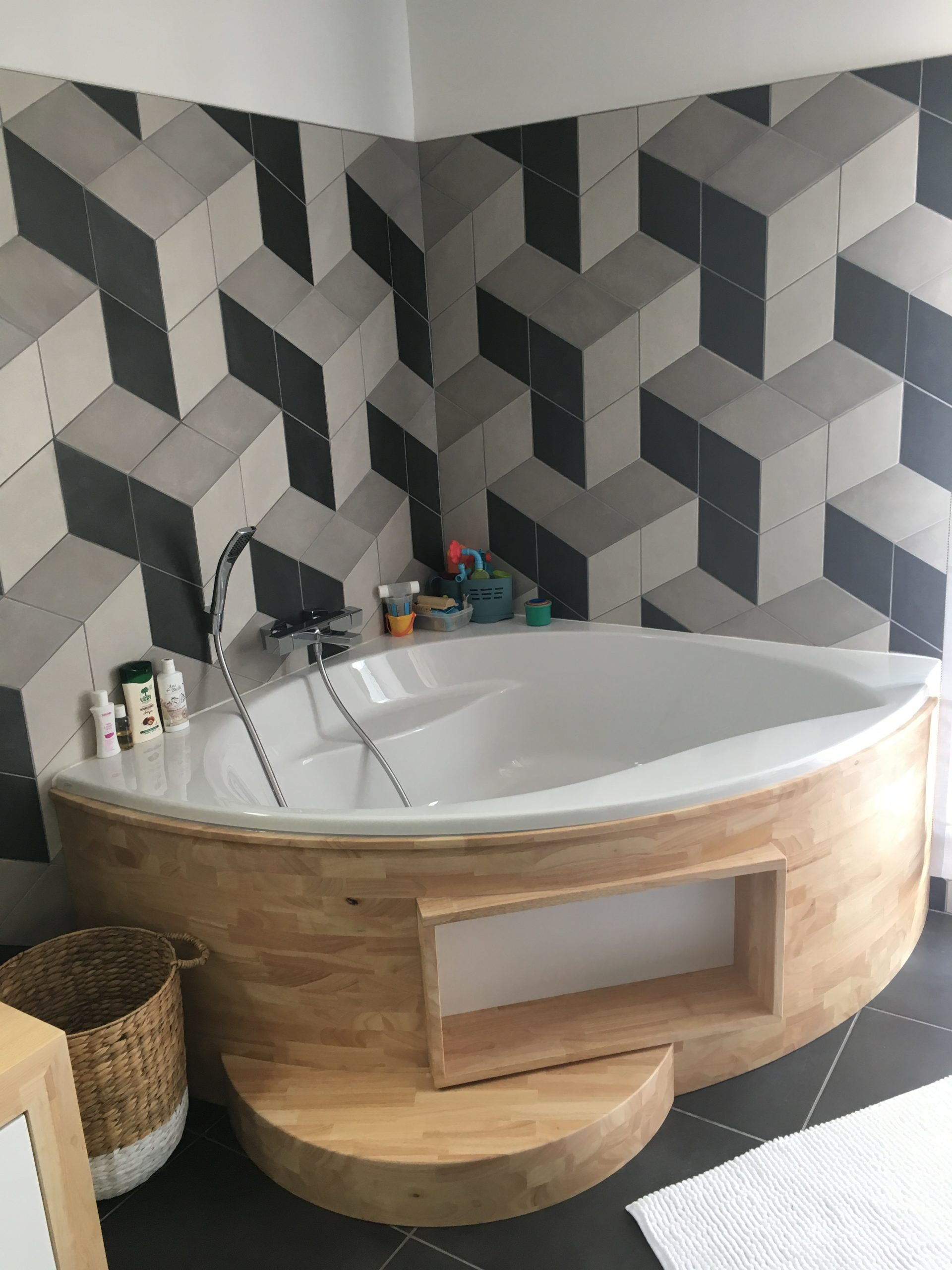 salle bain contemporaine motif