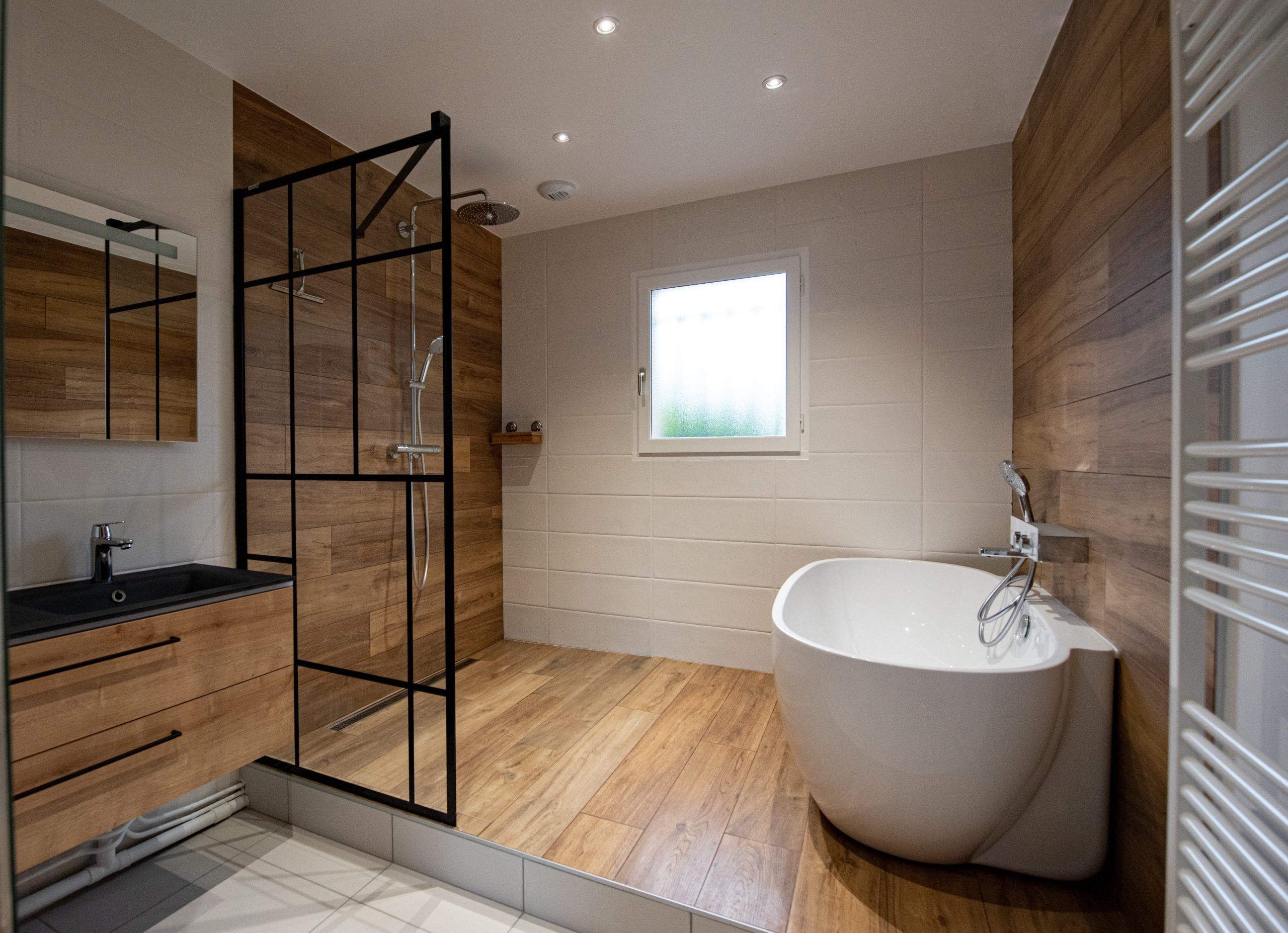 projet salle bain baignoire loft industriel moderne intemporelle